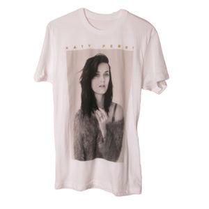 Katy Perry band t shirt black white photo graphic